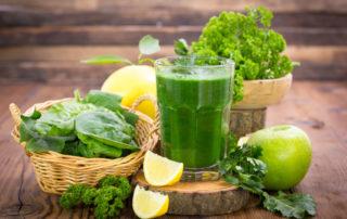 Vitaminreiche Getränke und Speisen für eine gesunde Darmflora